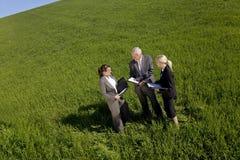 относящая к окружающей среде команда запланирования Стоковое фото RF