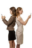Отправка СМС женщин Стоковое Фото