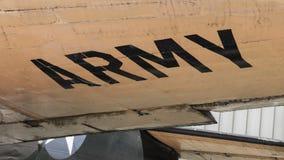 Отправьте СМС на старом самолете войны показанном в Сайгоне Стоковое Изображение RF