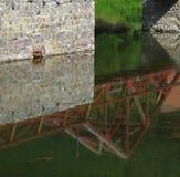 Отражать моста Стоковое Фото