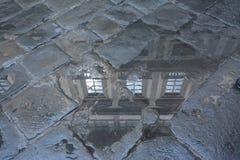 Отражение двора Uffizi стоковая фотография rf