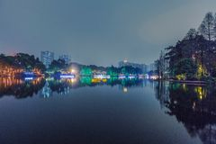 отражение в озере на ноче Стоковое Фото