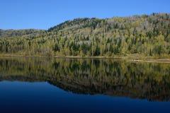 Отражение в озере Стоковые Фотографии RF