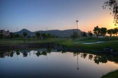 Отражение горы в озере Стоковые Изображения