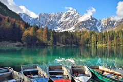 Отражение горы в озере Стоковая Фотография