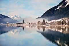 отражение горы озера alps сценарное Стоковые Фотографии RF