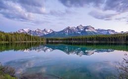 Отражение горы Стоковое Изображение
