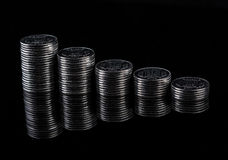 Отражение и доход от бизнеса финансов монетки металла стоковое изображение rf