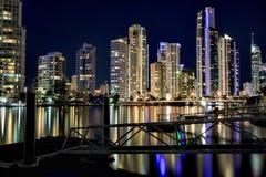 Отражение квартир рая серферов на ноче Стоковые Изображения