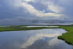 Отражение неба стоковые фото