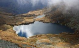 Отражение озера гор Стоковые Изображения