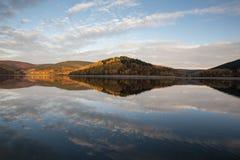 Отражение озера осен Стоковое Фото