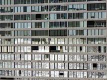 Отражение окна, современный жилой дом Стоковые Изображения RF