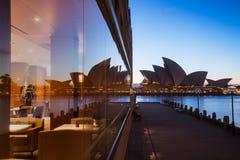 Отражение оперного театра Сиднея Стоковое Изображение RF