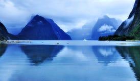 Отражение Milford Sound Стоковые Фото