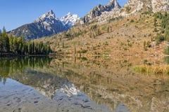 Отражение Teton падения озера строк Стоковое Изображение RF