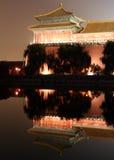 отражения дворца Стоковые Изображения