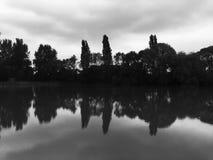 Отражения на пруде Стоковая Фотография RF