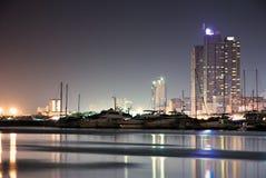 отражения ночи здания Стоковое Фото
