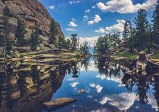 Отражения озера самоцвет Стоковые Фото