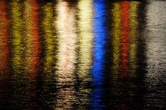 Отражения цвета на воде Стоковое фото RF