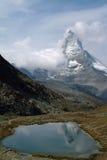 отражения Швейцария matterhorn Стоковое Фото