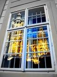 Отраженный в окне Стоковые Изображения RF