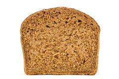 Отрежьте в половине хлебца свежего хлеба, изолированного на белой предпосылке Стоковое Фото