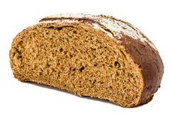 Отрежьте в половине хлебца свежего хлеба, изолированного на белой предпосылке Стоковое Изображение RF