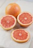 отрежьте грейпфрут Стоковая Фотография
