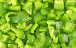 отрежьте зеленые перцы вверх Стоковые Фотографии RF
