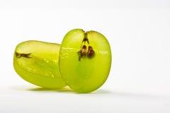 отрежьте зеленый цвет виноградины Стоковая Фотография RF