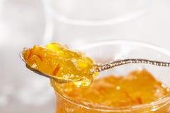 отрежьте ложку померанца marmalade варенья тонко Стоковое Изображение RF