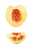 Отрежьте открытую изолированную половину нектарина Стоковое Фото