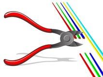 отрежьте проводы плоскогубцев Стоковые Изображения