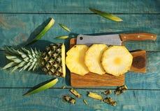 Отрежьте свежий ананас Стоковые Фото