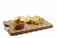 Отрежьте яблоко Стоковые Изображения