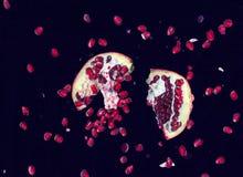 отрежьте pomegranate Стоковое Изображение RF