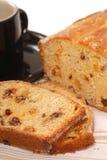 отрезанная изюминка вишни хлеба Стоковые Изображения RF