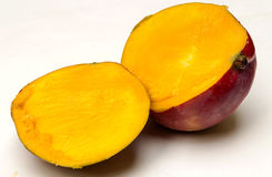 Отрезанное манго Стоковые Фотографии RF