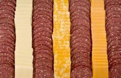 отрезанное мясо сыра предпосылки Стоковые Изображения RF