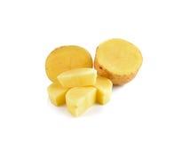 Отрезанные картошки на белой предпосылке Стоковые Изображения RF