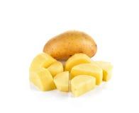 Отрезанные картошки на белой предпосылке Стоковое Изображение