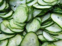 Отрезанные свежие зеленые огурцы Стоковые Фотографии RF