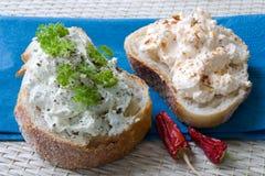 отрезанные dips хлеба Стоковое Фото