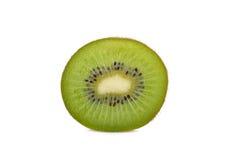 Отрезанный зрелый зеленый киви на белой предпосылке Стоковая Фотография RF