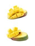 Отрезанный и отрезанный изолированный плодоовощ манго Стоковые Изображения RF