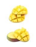 Отрезанный и отрезанный изолированный плодоовощ манго Стоковое фото RF