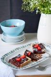 Отрезанный пирог клубники шоколада vegan Стоковое Изображение