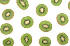 Отрезанный плодоовощ кивиа на белой предпосылке Плоская картина положения Взгляд сверху Стоковое Изображение